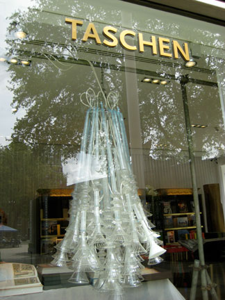 This neon chandelier by Richard Wheator made from glass and rapid-prototyped hardware, at the Taschen shop in South Kensington. Brilliant art, brilliant curation!