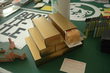 werkplaatstypografie box of bread