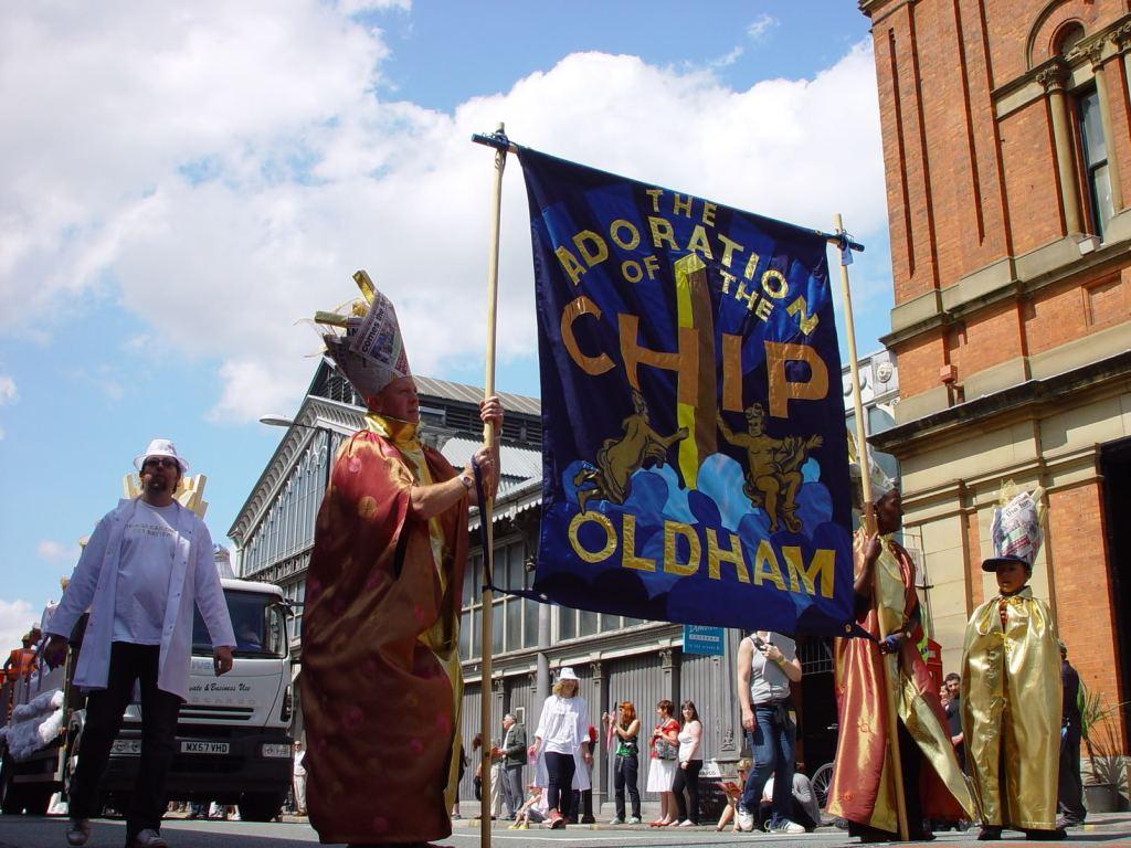 Jeremy Deller, Ed Hall, (Banner Maker), Procession, 2009